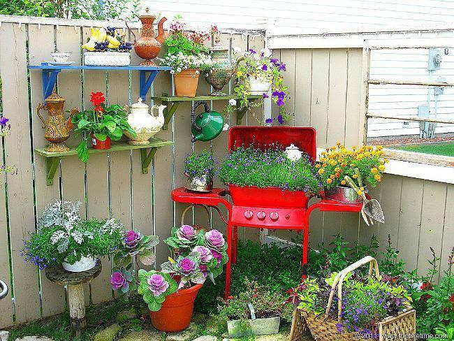 Поделки из ненужных вещей для дачи сада
