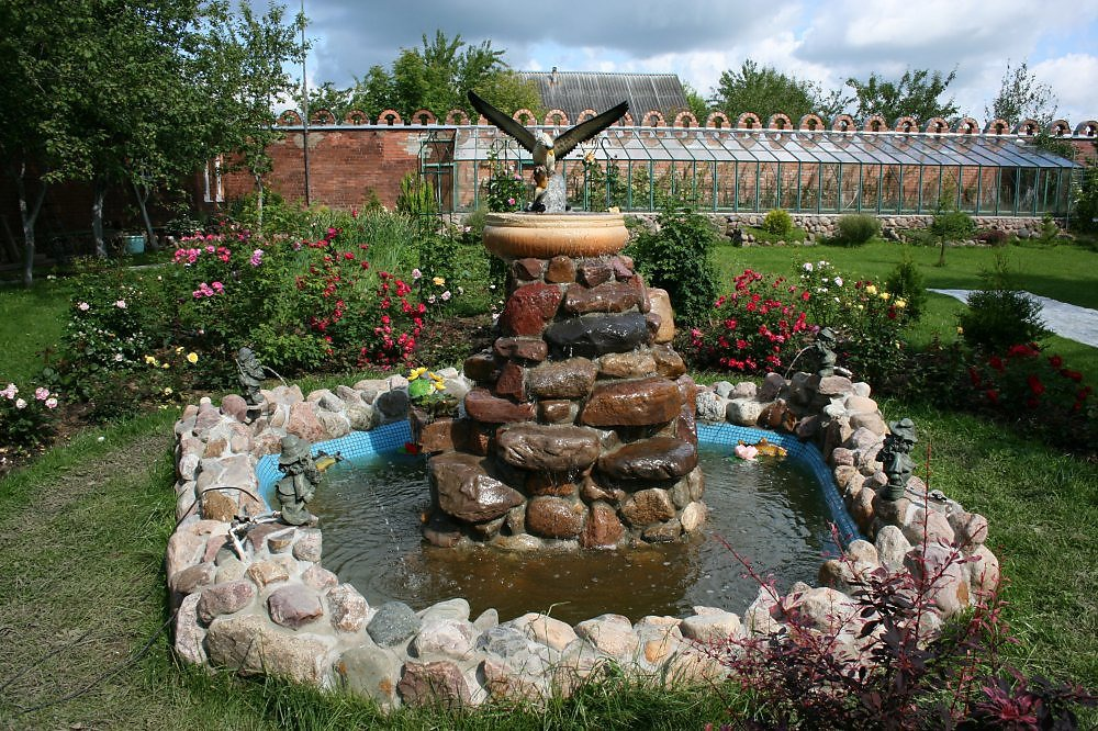 Фото фонтанов своими руками для дачи