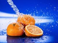 9 литров апельсинового напитка из 4 пельсин.