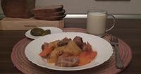 Картофель тушеный с мясом и овощами. Видео-рецепт.
