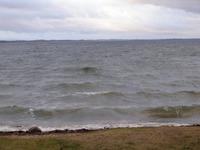 На берегу озера Разна.