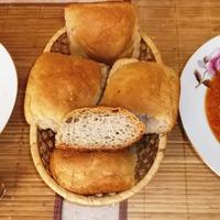 Ржаные булочки с картофелем.