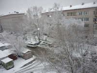 Утро, снег идёт, снег идёт...