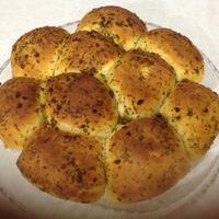 Чесночные булочки и луковый хлеб