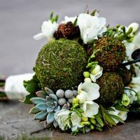 Натуральные и искусственные элементы в работе флориста
