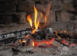 Дела печные: выбираем дрова, чистим дымоходы