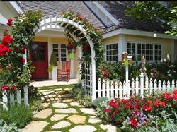 Особенности садовых арок