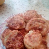 Кабачково - мясные котлетки в кляре.