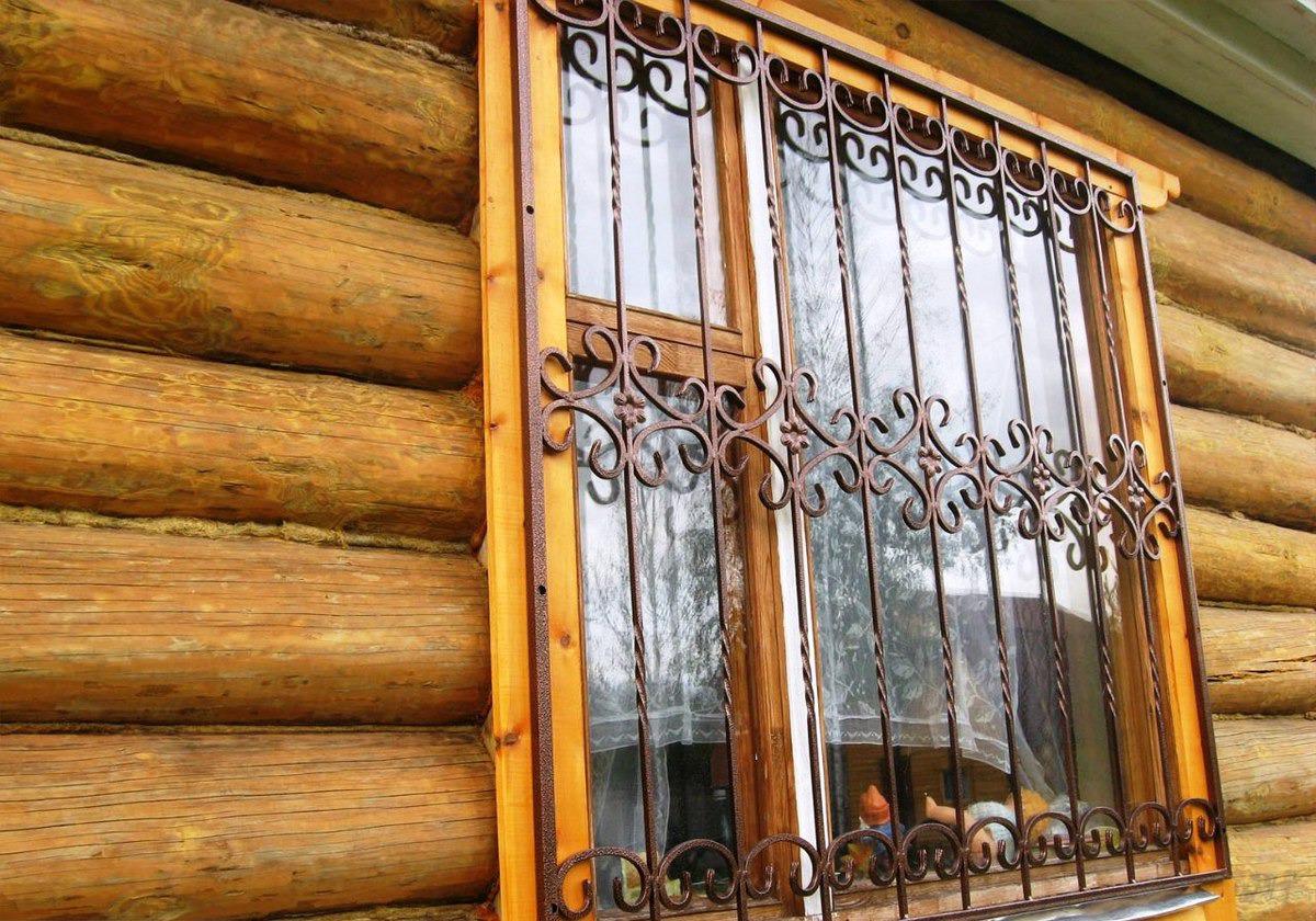 металлические решётки на окна дачного дома