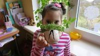 Как приучить детей к работе в огороде:)