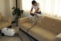 Очищаем мягкую мебель от загрязнений и пятен