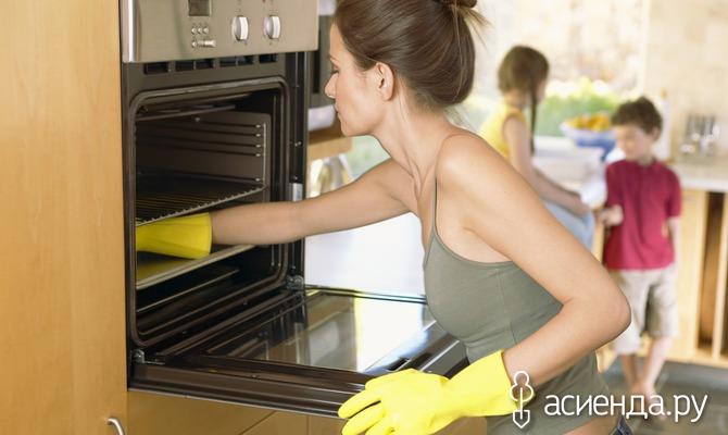 7 проверенных способов очистки кухонной мебели от жира