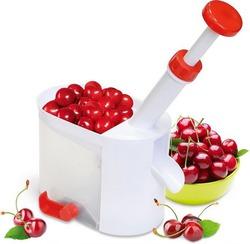 Удаляем косточки из вишни - легко!