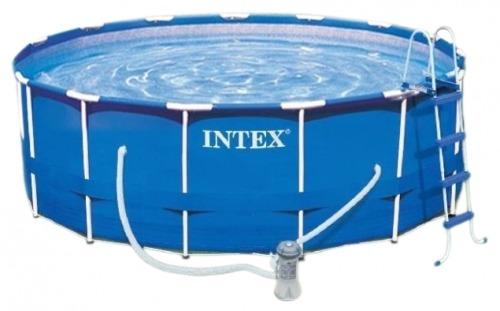 бассейн с аксессуарами
