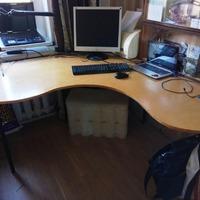 Комьютерный стол своими руками или организация удобного рабочего места.