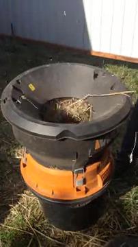 Вот такой есть агрегат - мульчёр.