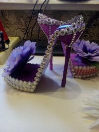Сувенир. туфелька подставка для телефона.