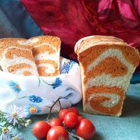 Домашний хлеб. Дрожжевой и заквасочный на пшеничной муке высшего сорта.