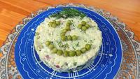 Простой салат из риса с вареной рыбой. Видео рецепт