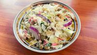 Салат из крабовых палочек с капустой и яйцом. Видео рецепт