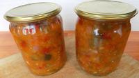 Консервируем на зиму салат из баклажанов с помидорами и болгарским перцем