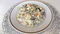 Картофельный салат с селедкой и яйцами